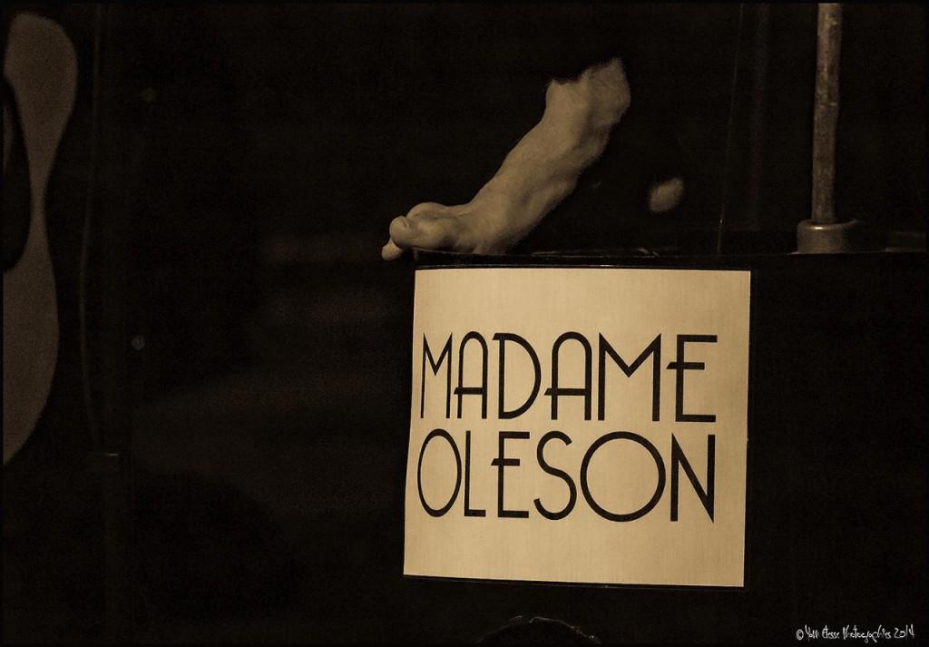 madame-oleson-130814-1005g